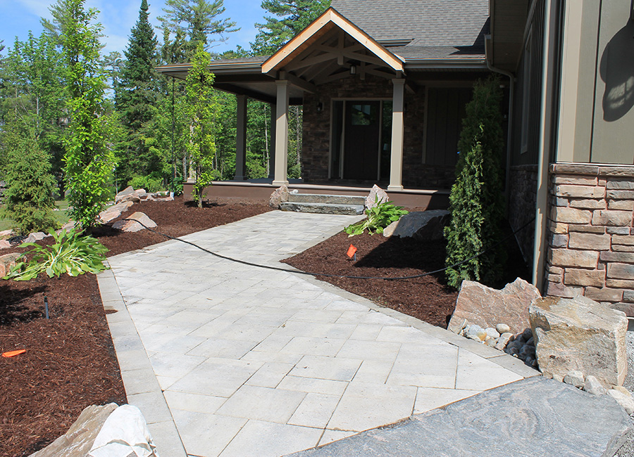 heyes-landscaping-walkways-and-patios
